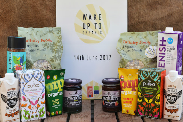 Foodie Friday - Wake Up To Organic Giveaway, photo by modernbricabrac