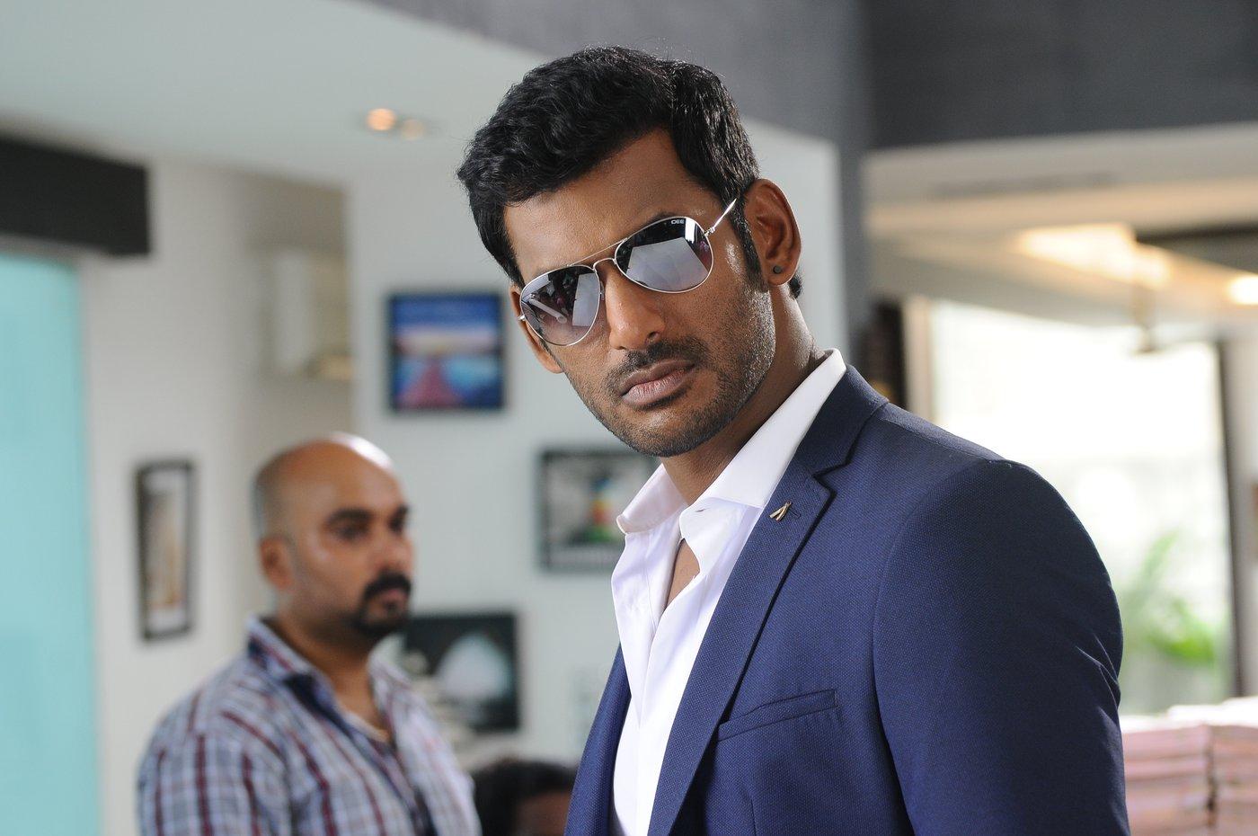 vishal okkadochadu movie stills-HQ-Photo-9