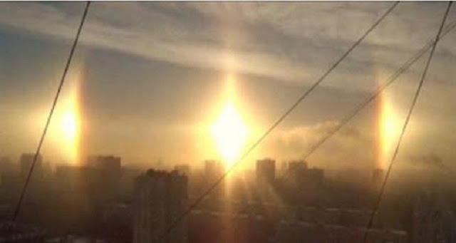 "فيديو مرعب : ظهور 3 ''شموش"" في سماء روسيا ٠٠سبحان الله"