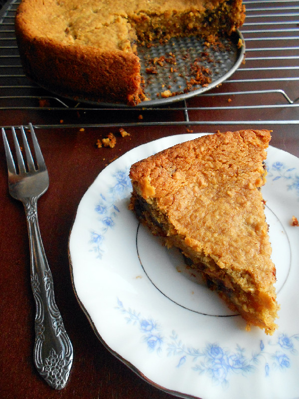 Confessions of a Confectionista: Deep Dish Chocolate Chip Cookie Pie