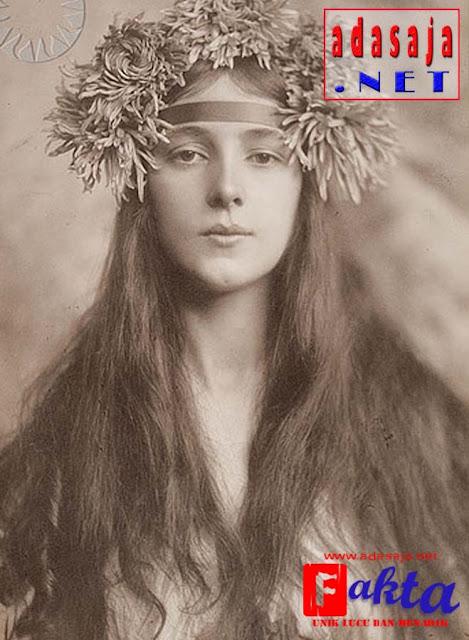 evelyn nesbit foto model pertama di dunia yang pernah ada