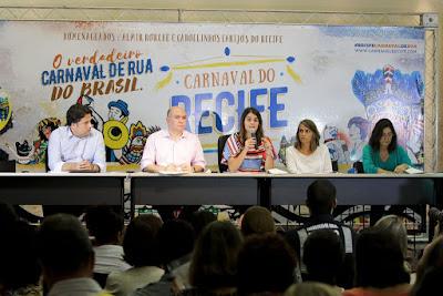 https://4.bp.blogspot.com/-ZgJMAOKh7L4/WKXx6jyTzgI/AAAAAAAAAq0/BAzEfxSnZb8rXhT6S_4iiXP22rlkiH8swCLcB/s1600/Coletiva-de-Servi%25C3%25A7os-do-Carnaval-do-Recife-2017.-Foto-Clelio-Tomaz_PCR-3-1024x683.jpg