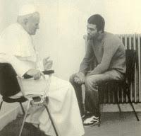 Juan Pablo II y Ali Agca