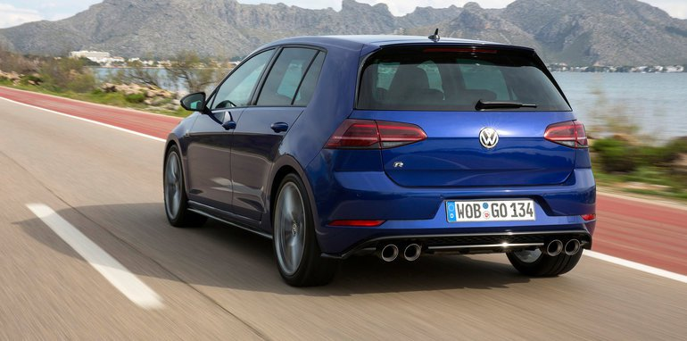 From January The Golf R Wagon Will Return As A Permanent Offering Priced Aud 57 490 Ed Standard With Seven Sd Dsg Transmission