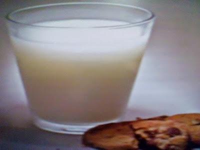 Gambar Cara Melangsingkan Tubuh Dengan Minum Susu Dan Yogurt