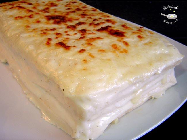 Pastel de jamón y queso con bechamel o Pastel Croque Monsieur