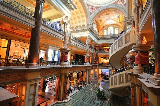 Shopping Caesar's Palace Las Vegas