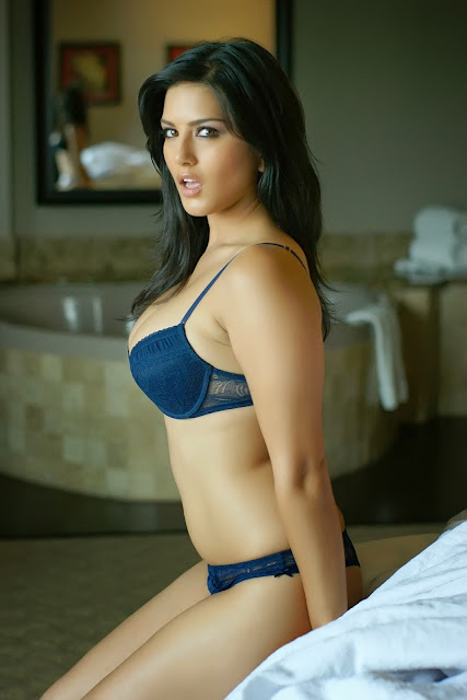 Sunny Leone looks hot in this frame