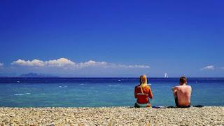 Playas y calas para ligar o encontar parejas en verano España