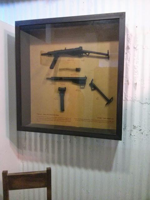 כלי נשק במכון איילון