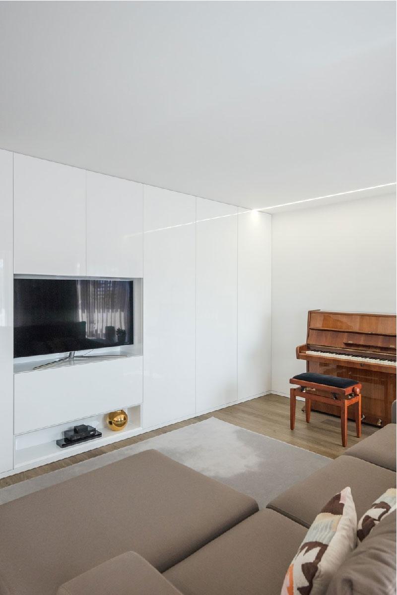 Appartamento Vila do Conde by Raulino Silva Architect