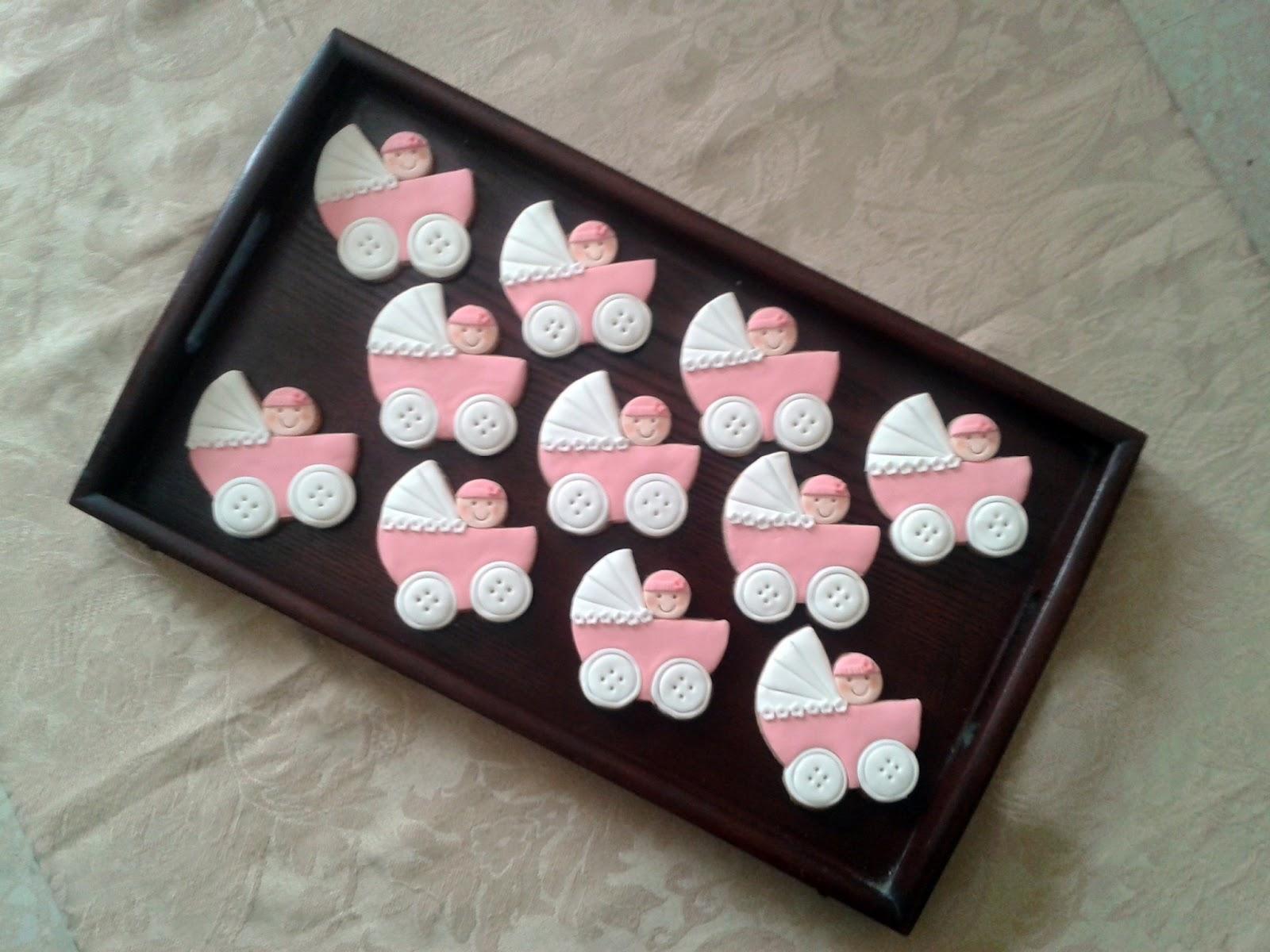 Galletas de bautizo. Carrito rosa