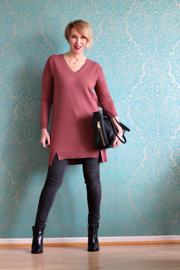 Kurzes Kleid oder langer Pullover