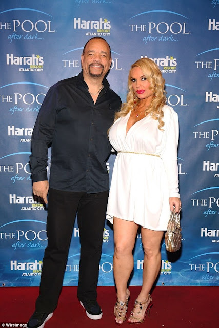 Hot Mama Alert: This Coco Austin's Selfie Using Waist Trainer While Carrying Her Daughter Will Leave You Speechless