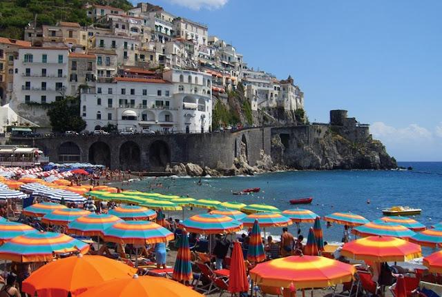 Visita as praias em Ravello