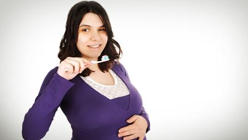 Cara Menghilangkan Karang Gigi Saat Hamil