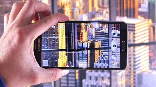 Thay màn hình samsung galaxy a7 chính hãng để đảm bảo chất lượng của sản phẩm