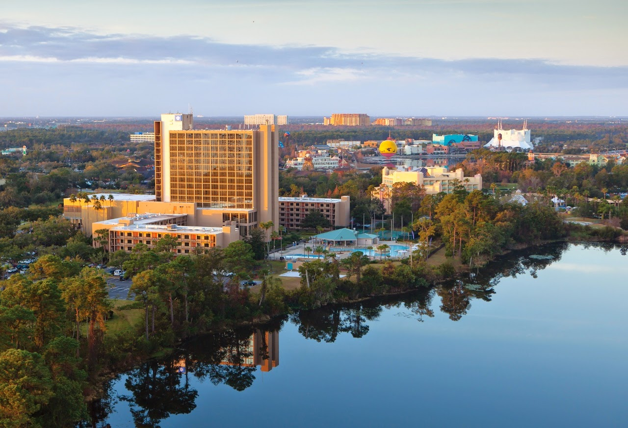 Wyndham Lake Buena Vista Resort in Orlando Florida