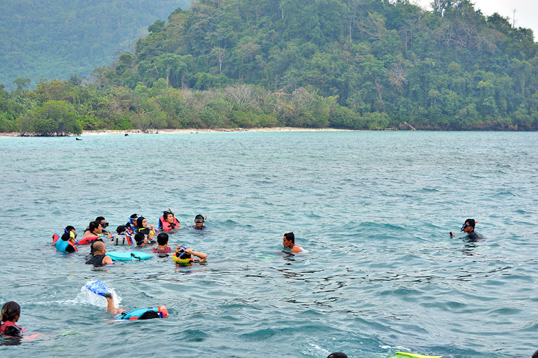 snorkeling-pulau-sebuku