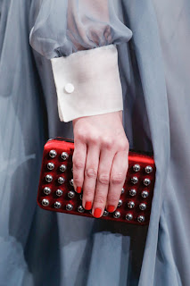 #PFW: Valentino Fall/Winter 2013 Runway & BAGS review