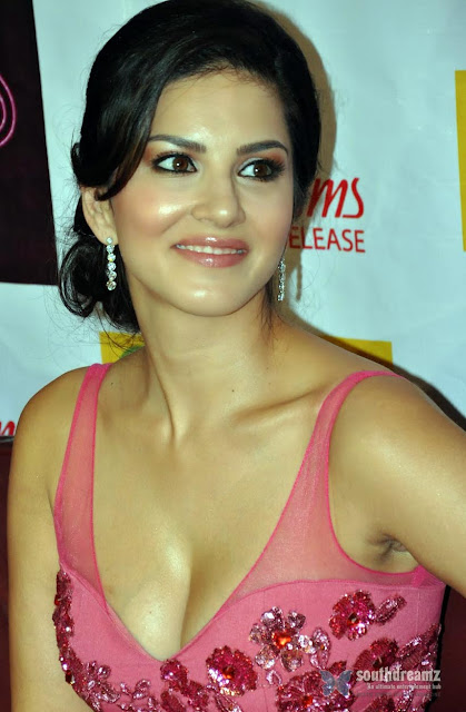 Sunny Leone New HD Wallpapers