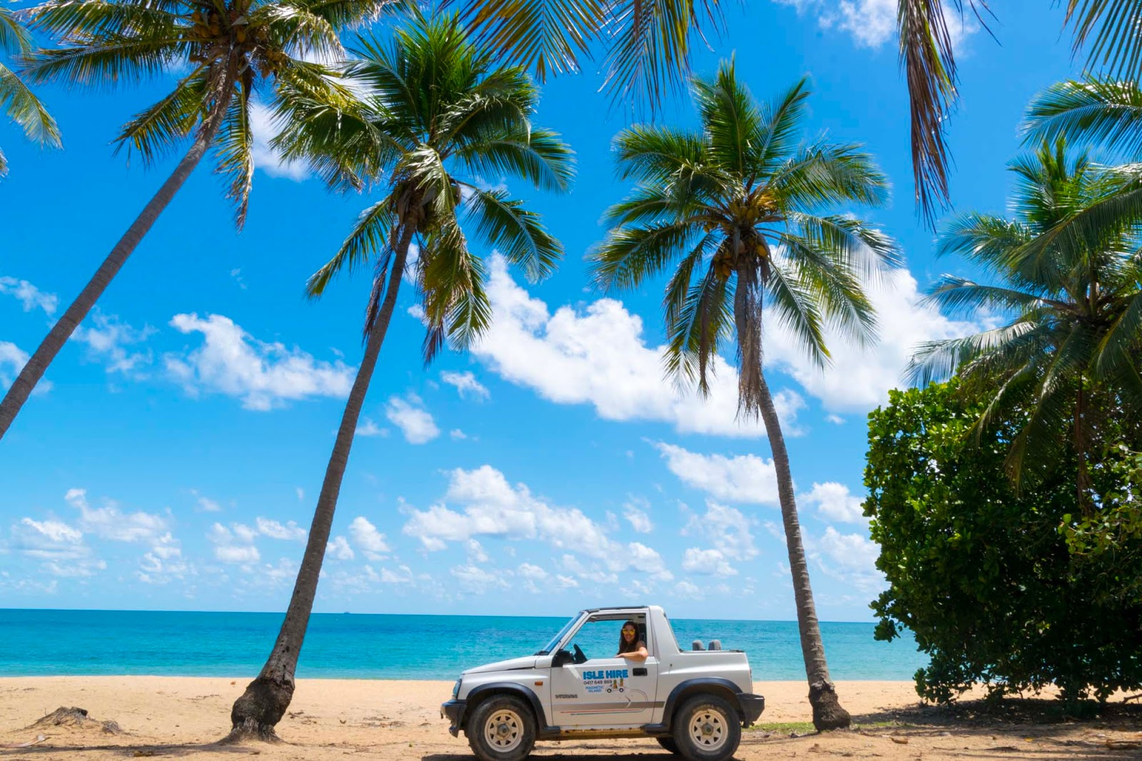 driving on magnetic island beaches