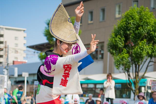 高円寺駅北口広場、江戸っ子連の舞台踊り 4