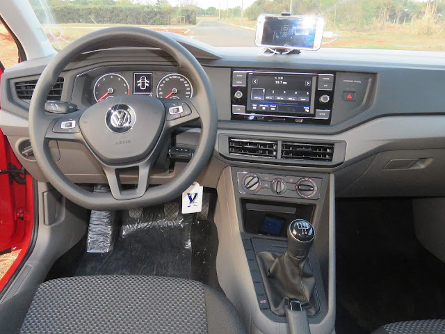 Volkswagen Polo 2018 - interior