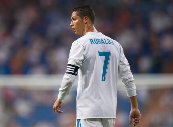 ريال مدريد يخطف خليفة رونالدو وكلمة السر زين الدين زيدان