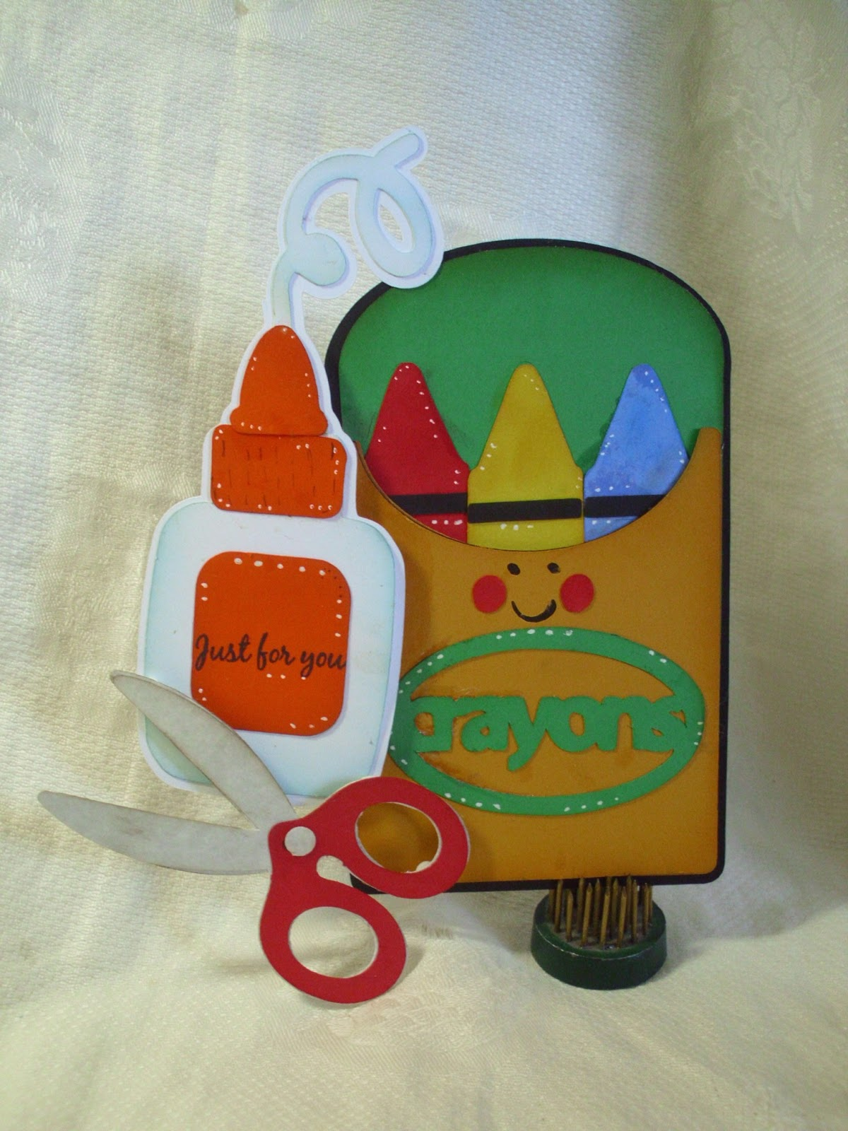 Shellys Craft Blog: Back To School In My Cricut Craftroom