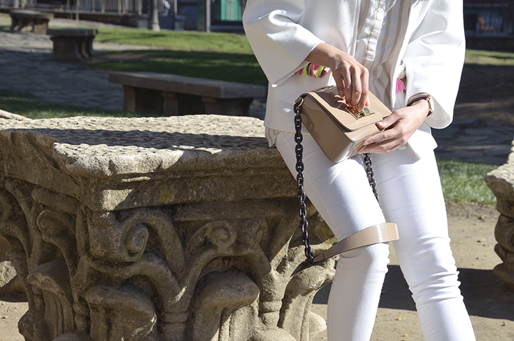 white-look-blanco-beige-outfit-trends-gallery-blogger-casual-inspiración-inspiration