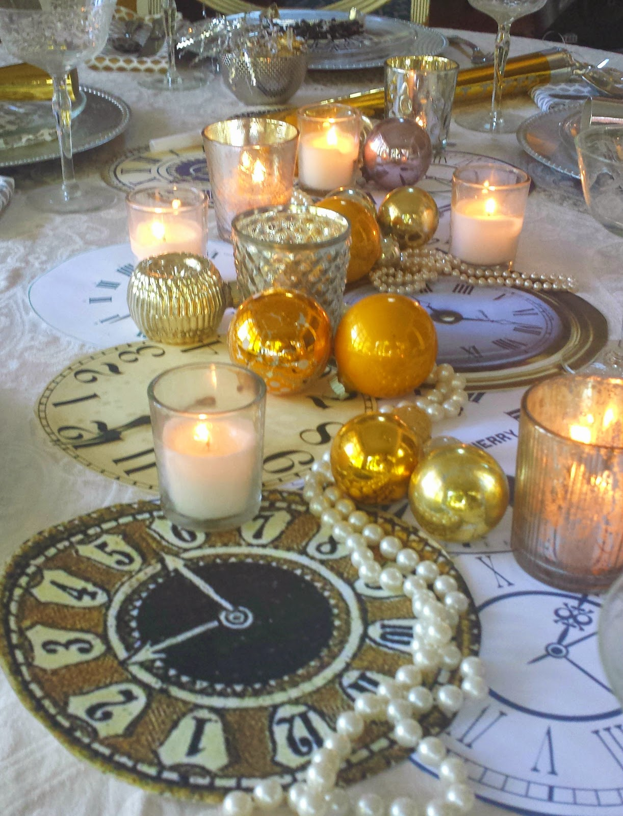 30 diy new year table decoration ideas table decorating for Decoration new year