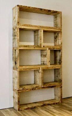 librero con madera reciclada.
