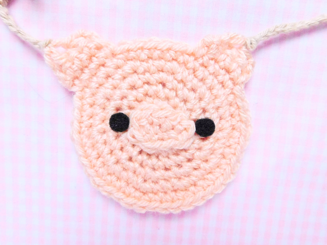 Piggy Face Decal Crochet Pattern