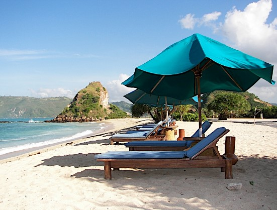 i of the white sand beach inwards Bali that the mandatory see BeachesinBali; The Beach Of The Pandawa