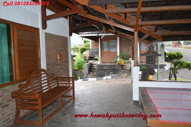 Booking villa di area wisata kawah putih dari bekasi