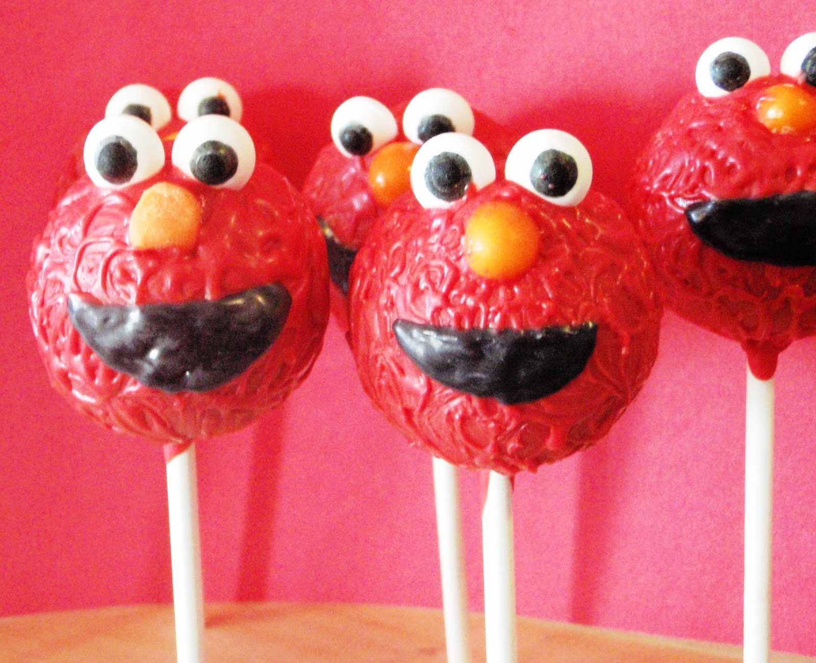 Paulipops Cupcakes Amp More Elmo Paulipops Cake Pops