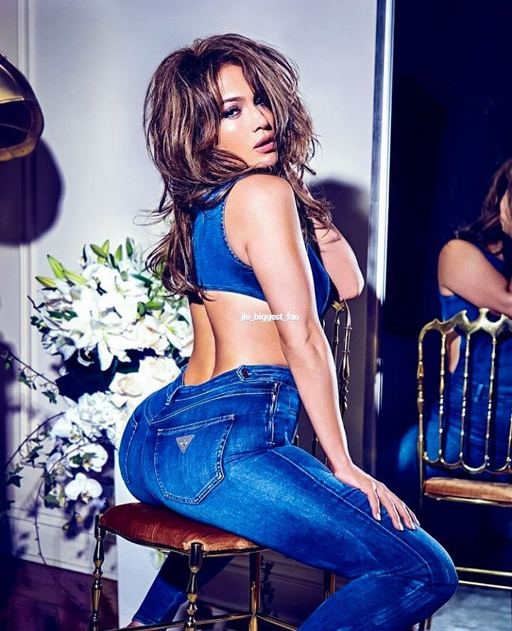 Jennifer Lopez Shares Hot Photo on Instagram