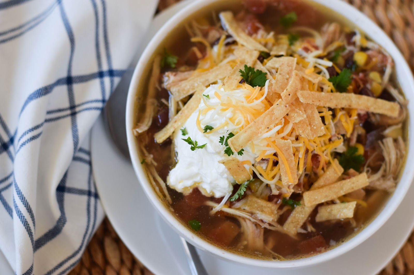 tortilla soup essay I've been told by everyone who's had this recipe that it's literally the best chicken tortilla soup ever i use a couple easy tricks to maximize the flavor while keeping the prep time down and it can be made either in your crock pot or on your stovetop.