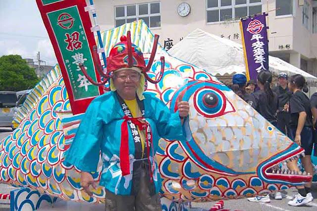 fish, shrine, octopus,hat, costume, Sanguacha, festival, Henza, Okinawa