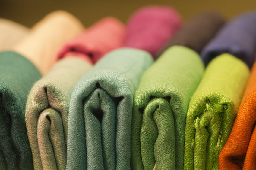 how to buy fabric wholesale