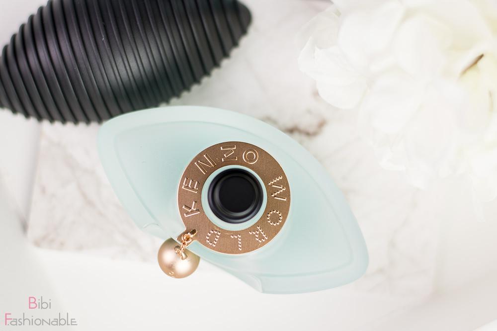 Kenzo World Eau de Parfum Flatlay