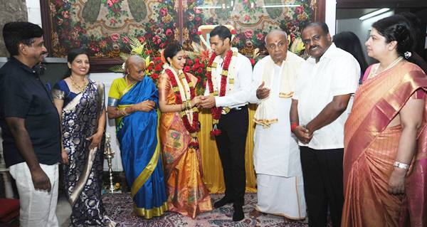 Nikhil Kumar Gowda family