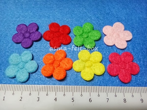 FLOWER FELT EMBELLISHMENT