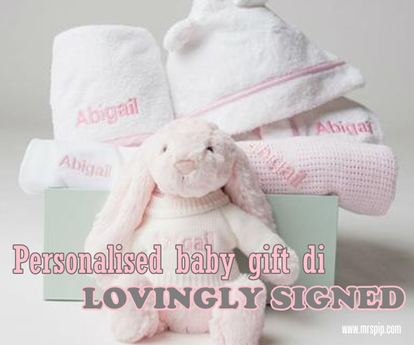 Personalised baby gift di Lovingly Signed