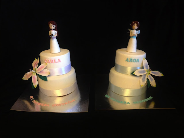 tarta; fondant; comunion; niña, flores muñeca, celebración, rosa, azul, modelado, familia