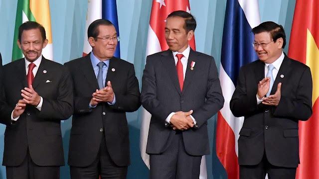 Hari Ini, Jokowi akan Hadiri KTT APEC di PNG