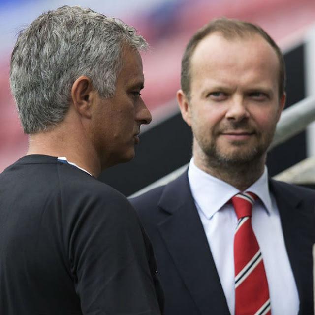 """Biến lớn tại MU: Mourinho """"đấu đá"""" sếp lớn, 400 triệu bảng quá nhiều 2"""