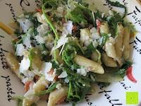 Teller: Rossmann enerBio - Berglinsen, Dinkel-Muscheln, Klare Gemüsebrühe, Olivenöl, Pesto Verde, Kräutermeersalz (mit Rezept)
