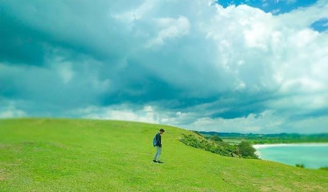 Pemandangan bagus di bukit Merese Lombok, sumber ig @sasakexotic